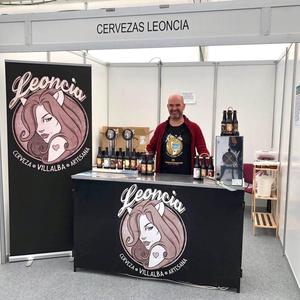 Stand de Cervezas Leoncia en la Feria Vive la Sierra 2019