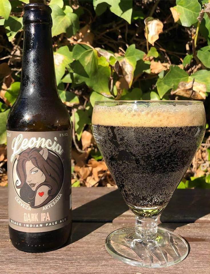 Cerveza artesana negra Dark Ipa, Indian Pale Ale.