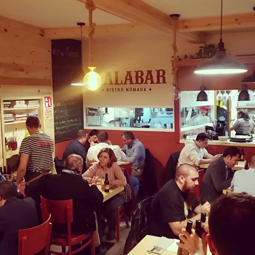 Celebración del evento en el restaurante Malabar Bistro